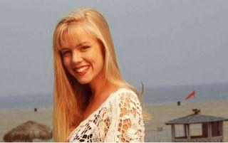 Και ποιος δεν τη θυμάται Δείτε πως είναι σήμερα η Κέλι από τη σειρά Χτυποκάρδια στο Μπέβερλι Χιλς [photos]