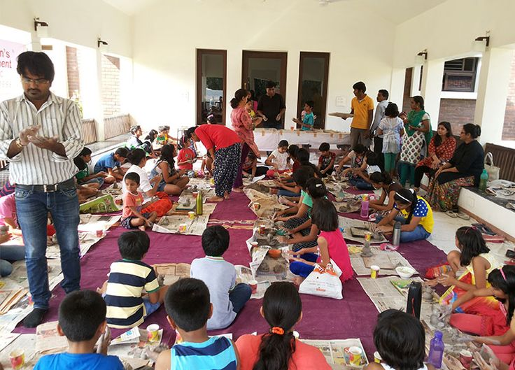 http://salmaanjum.com/fundoo.html  Fundoo Junior Classes FUNDOO Concept is based on learning through experience and experimentation, and teaches students how to learn. These classes do all this in a fun filled manner, incorporating plenty of activities and games that engage the children and stimulate their minds. ENGLISH: Vocabulary building, Communication, Story Telling, Reading Habit Development, Comprehension, See & Tell. MATHS: LOGICAL Thinking & Numerical Ability Development Application