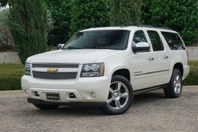 Ebay Advertisement 2014 Suburban 4wd Ltz Navigation Mid Buckets 2014 Chevrolet Suburban White Diamond Tricoat Wit Chevrolet Suburban Chevrolet Suburban
