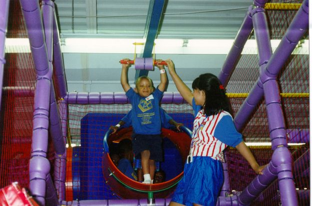 Best 25 discovery zone ideas on pinterest science area for Best indoor playground for birthday party