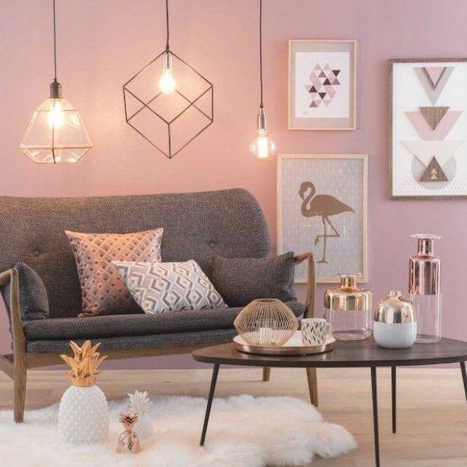 Welche Farbe Passt Zu Grau Rosa Wand Geometrische Pendelleuchte Dekoartikel In Rosegold Wohnkulturwohnzimmer W In 2020 Altrosa Wandfarbe Rosa Wande Rosa Wandfarbe