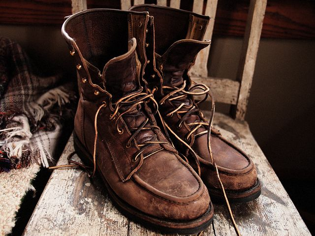 Reminds me of my Grandpa <3 I would like to own a pair just because  of him <3 <3 <3