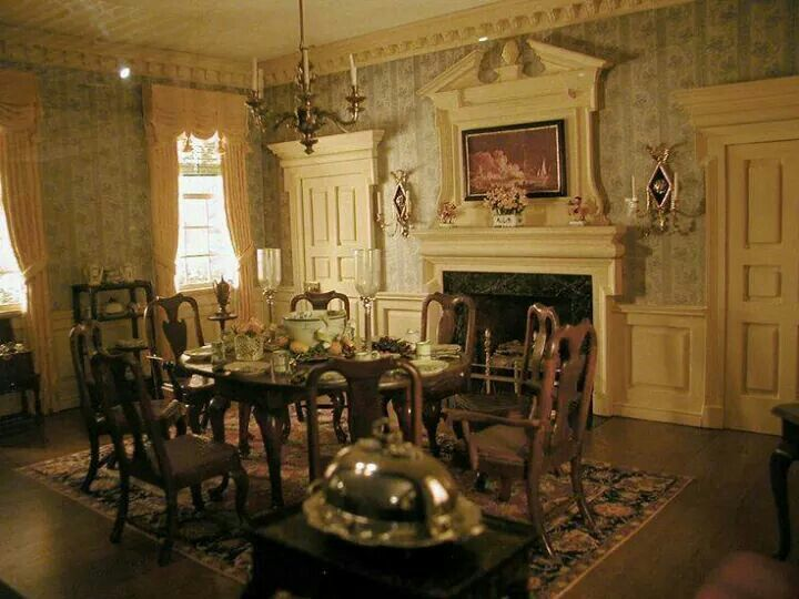 Thorne Miniatures Dining Room, Federal Period