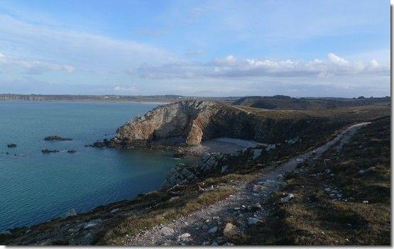 Randonnée en presqu'île de Crozon : le sentier côtier GR34