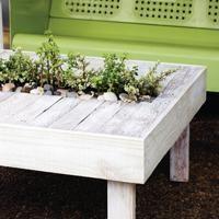 An Amazing Outdoor DIY Table: Meet June's DIY Dare Winner, Sam Henderson! | Dotcoms for Moms