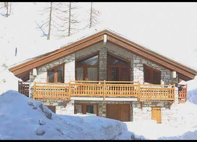 Séjour Ski Val d'Isère SkiHorizon, promo séjour ski pas cher, location Chalet Barme de l'Ours prix promo Ski Horizon à partir de 1 130,00 € TTC.