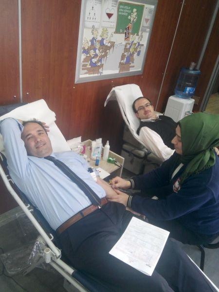 Turan, kan bağışında bulundu