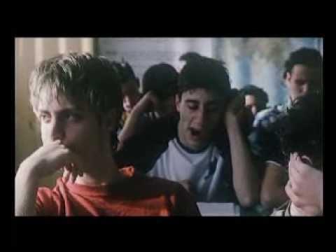 Caterina va in città - Trailer - YouTube