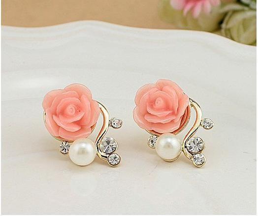 Flower Pink Rose Stud Earrings l Pearl, Crystal