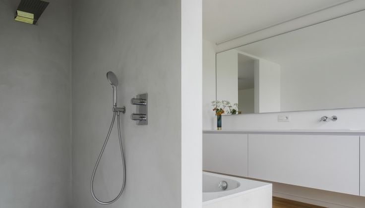 badkamer modern door ABSBouwteam   http://www.absbouwteam.be/een-selectie-realisaties/gezellig-gezinsleven   Beeld 1 #absbouwteam #absoluutarchitectuur #interieur
