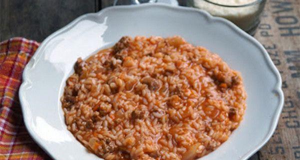 Risotto al ragù, la ricetta del piatto unico più adatto per i bambini