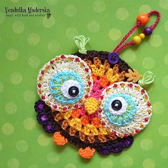 Crochet owl ornament pattern.