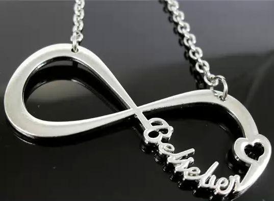 INFINITE BELIEBER justin bieber náhrdelník / necklace