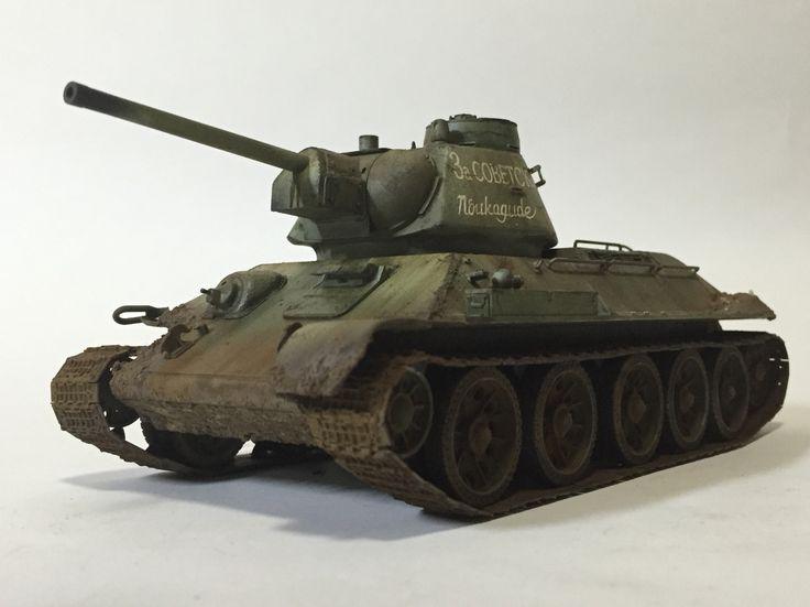 T-34/76 mod.1943 w/Commander cupola 1/35 Dragon model Made by Lee Juho