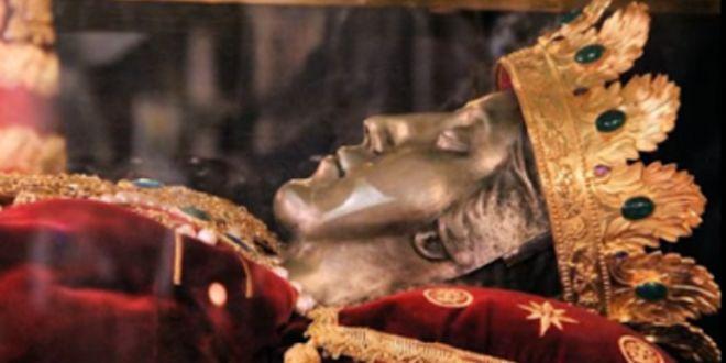 ΜΕΓΑ ΣΗΜΕΙΟ: Προάγγελος ΓΕΓΟΝΟΤΩΝ η 2η Στέψη της ΑΓΙΑΣ ΕΛΕΝΗΣ 1700 χρόνια μετά!!!-Έρχεται το Ποθούμενο των Πατροκοσμά και Παϊσίου!!! (photos-ΣΥΓΚΛΟΝΙΣΤΙΚΟ video)