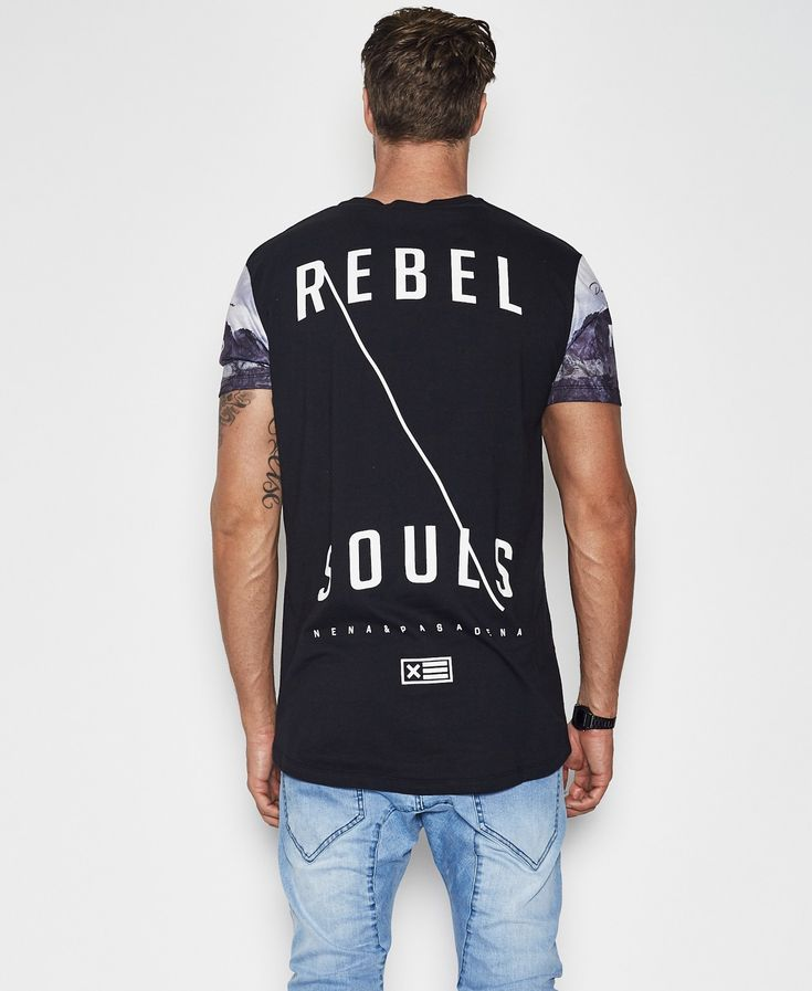 Dark Rebel Scoop Back T-Shirt Jet Black / NENA AND PASADENA