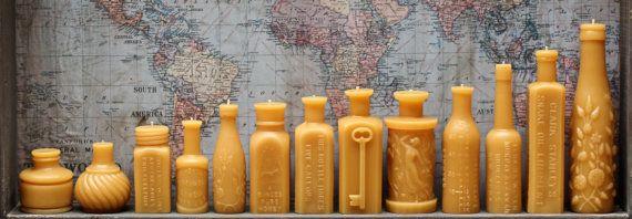Bienenwachs-Kerze-Sammlung  antike Flasche geprägt  von pollenArts