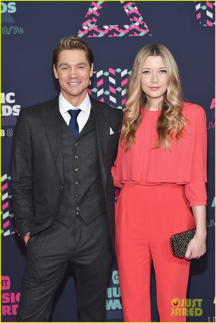 Chad Michael Murray & wife Sarah Roemer Attend CMT Awards ...