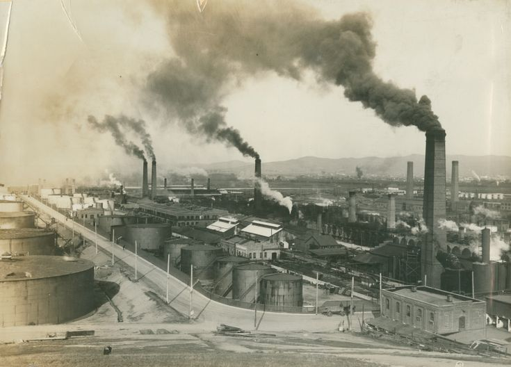 Standard Oil Refinery, 1914 Richmond, CA  My father worked here for a time.  People and school kids would stay indoors many days for the smell was unbearable. Many cancers in Richmond.
