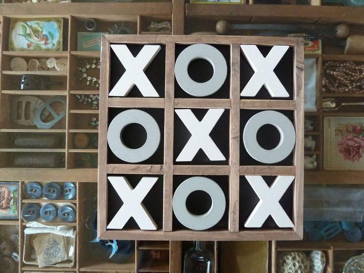 30cm Vintage Style Wooden Timber Tic Tac Toe Noughts And
