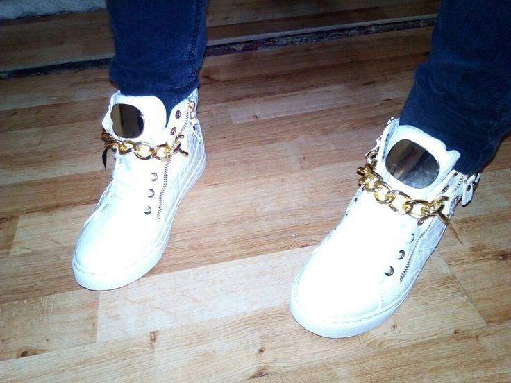 Cudne Białe Sneakersy na płaskim