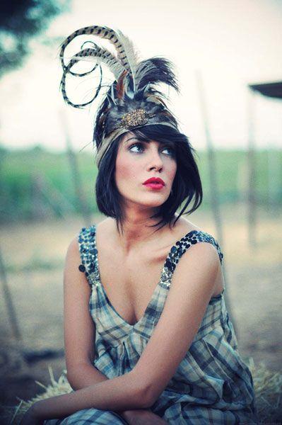 #tocado #Cherubina #headpiece #boda #wedding #hat #sombrero #plumas #feathers Ref. 05.58