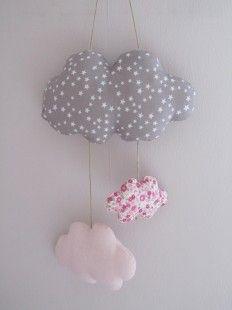 mobile nuage bébé