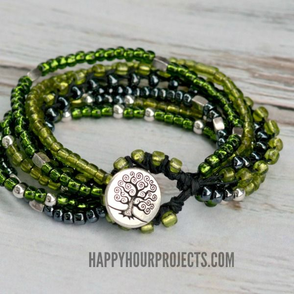 Beaded Button Clasp Bracelet at www.happyhourprojects.com. Full tute shows how to make the beaded loop and attach button. #Beading #Jewelry #Tutorials