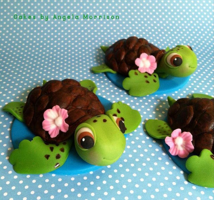 Sea turtle cupcake toppers