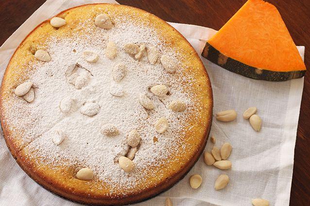 La torta di zucca, soffice e delicata, è un dolce autunnale semplice e veloce da…