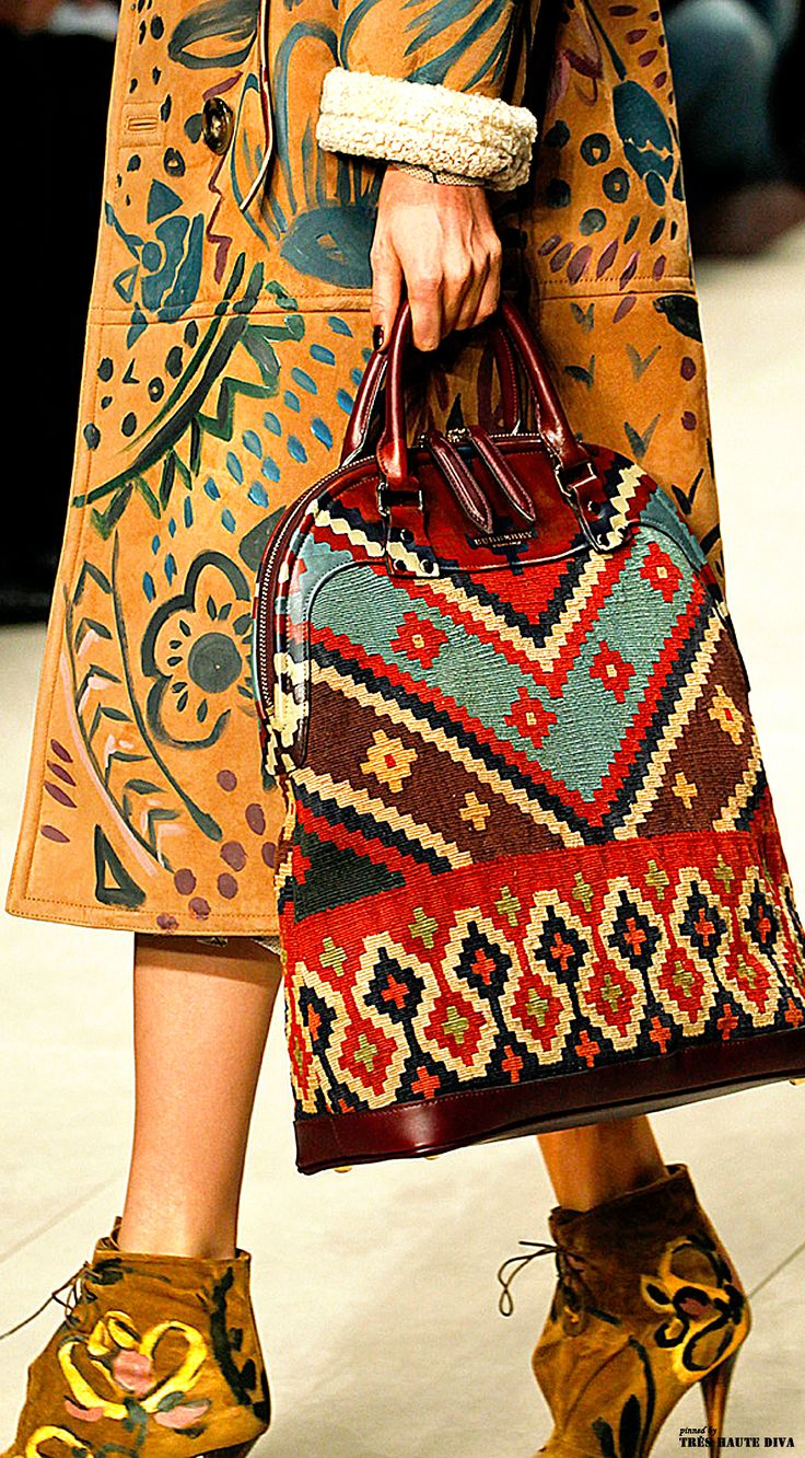 Burberry Prorsum F/W 2014 - London Fashion Week                                                                                                                                                     More