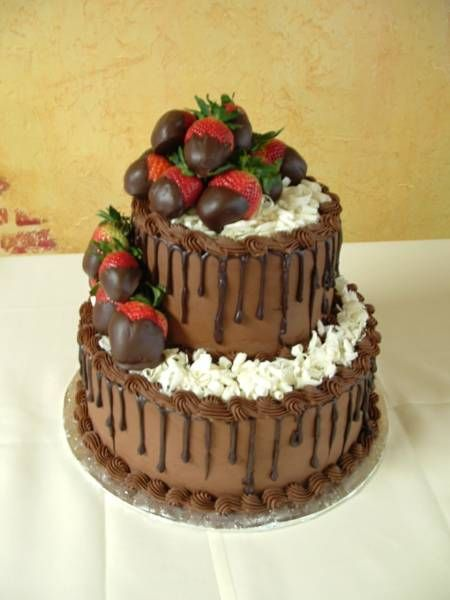 Chocolate Grooms Cake With Chocolate Covered Strawberries
