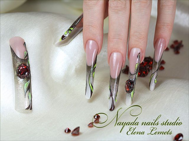 Work of the teacher NAYADA nails Studio Elena Lemets