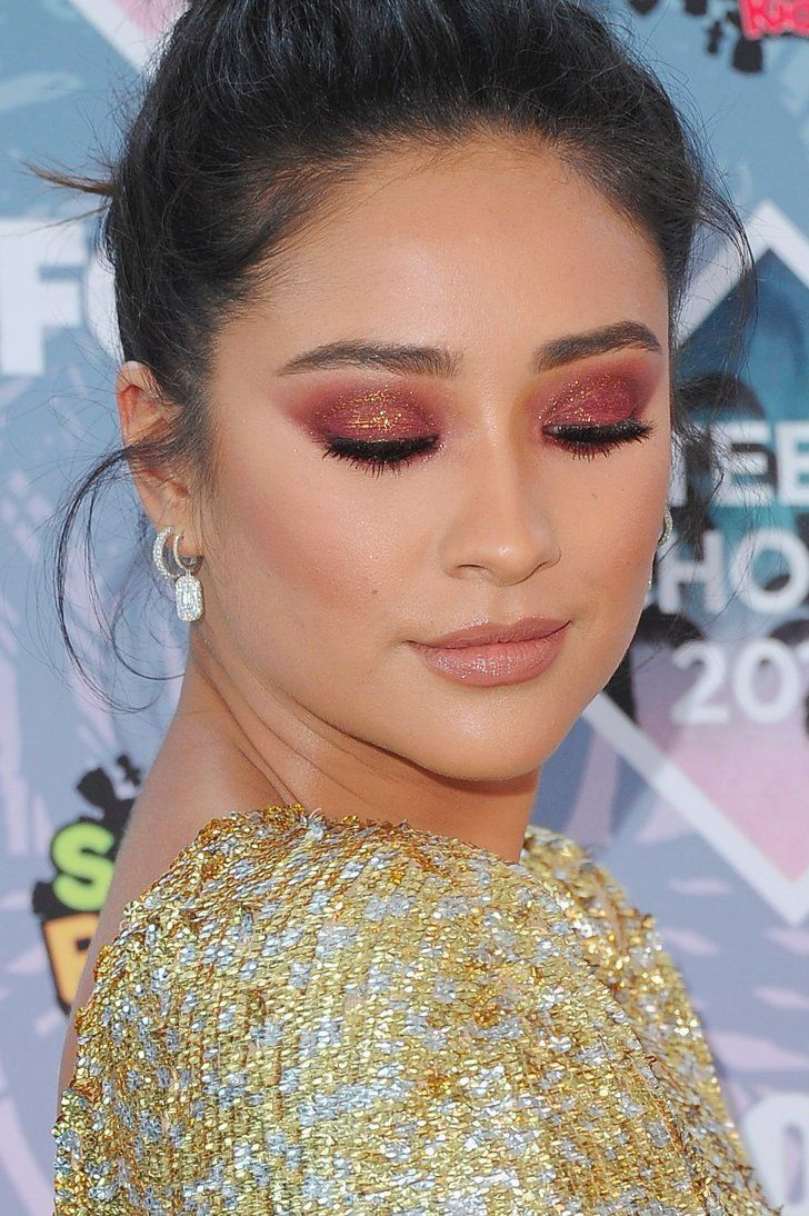 Shay Mitchell - 21 Bold Celebrity Makeup Looks That Prove the Eyes Have It