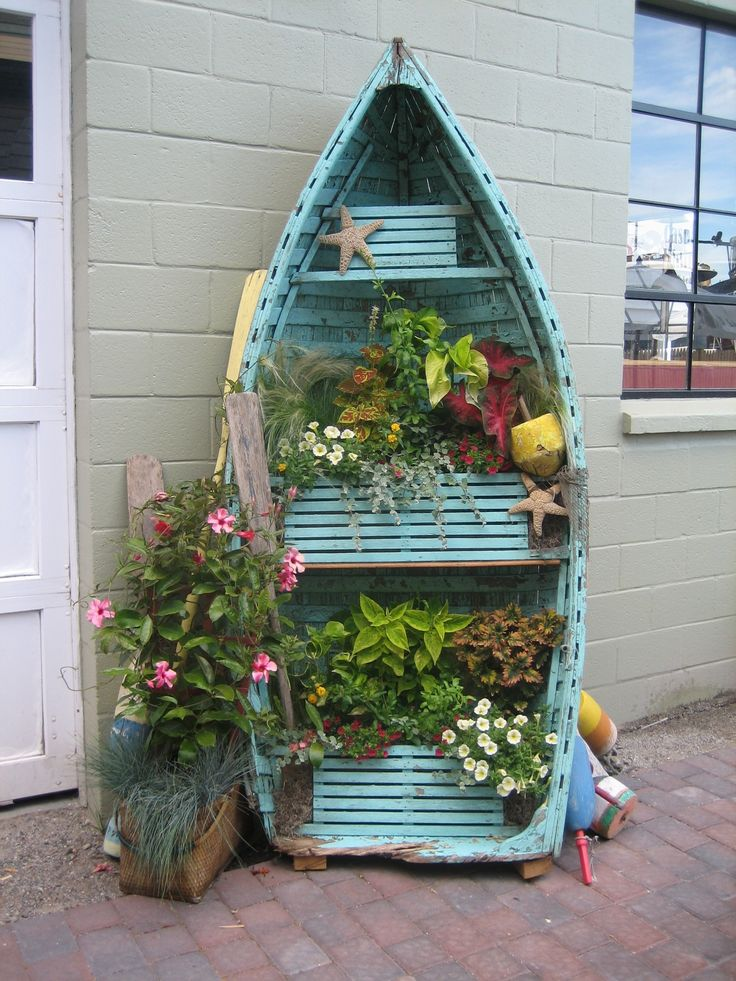 upcycle an old boat. awesomeness.