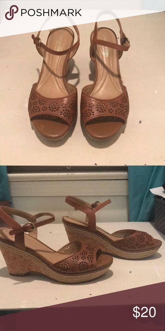 Naturalizer N5 Comfort Wedge Sandals Size 7.5 brown Naturalizer N5 Comfort Wedge Sandals Naturalizer Shoes Wedges