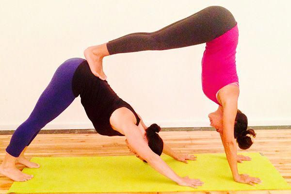 Rezultat S Izobrazhenie Za Yoga Poses For Two People Yoga Poses For Two Partner Yoga Poses Couples Yoga Poses