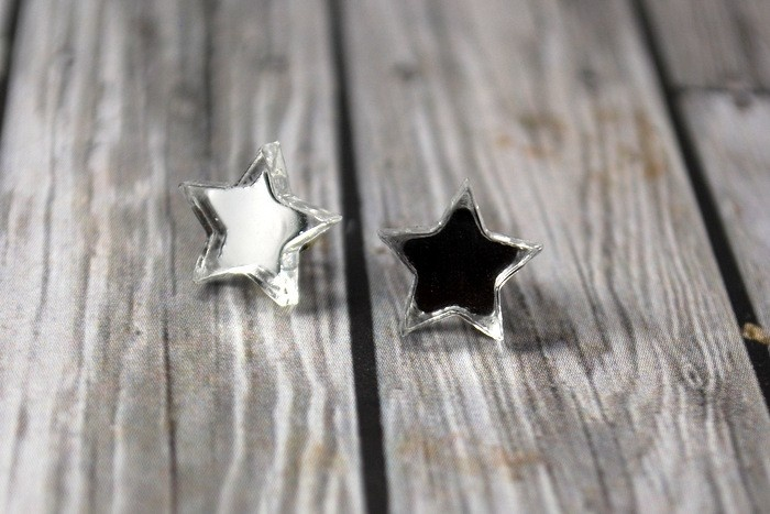 Acrylic Mirrored stars earrings on surgical steel. - by sweetsherbet on madeit