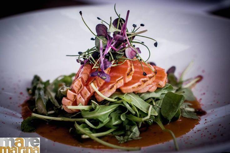 Summer tastes like this  Salmon Tataki  Καψαλισμένες φέτες Προσθήκη στο λεξικό με λάδι τρούφας Καπνιστό αλάτι και πιπέρι Ταζμανίας!! Origami Sushi Bar The Perfect Place to Be Mαρίνα φλοίβου  Κτίριο 6  Παλαιό Φάληρο Tηλέφωνο κρατήσεων 21 0982 2220 info@maremarina.gr http://ift.tt/2r8ctYc #Origami_sushi_bar #OrigamiSushiBar #MarinaFloisvou #Taste #Bite #Fresh #OrigamiSushiBar #Floisvos #Sushi #Taste #Mood