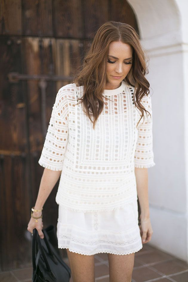 How to wear White clothing without feeling exposed. Edgy fashion style, Classy fashion style, Women's fashion style, Fashion outfits, Fashion style tips, Boho fashion style, White outfit ideas, white outfit