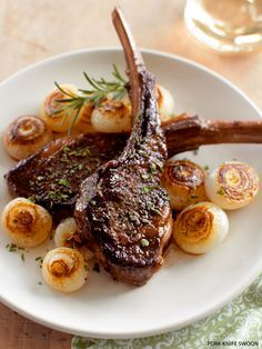 Pan-Seared Lamb Chops with Cippolini Onions