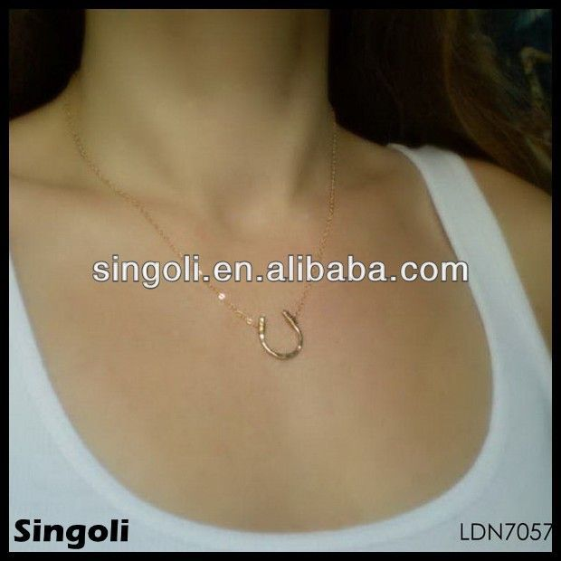Fashion Jewelry Italian Gold Jewellery Gold Horseshoe Pendant , Find Complete Details about Fashion Jewelry Italian Gold Jewellery Gold Horseshoe Pendant,Gold Horseshoe Pendant,Italian Gold Jewellery,Dubai Gold Jewelry Pendant from -Yiwu Singoli Jewelry Factory Supplier or Manufacturer on http://Alibaba.com