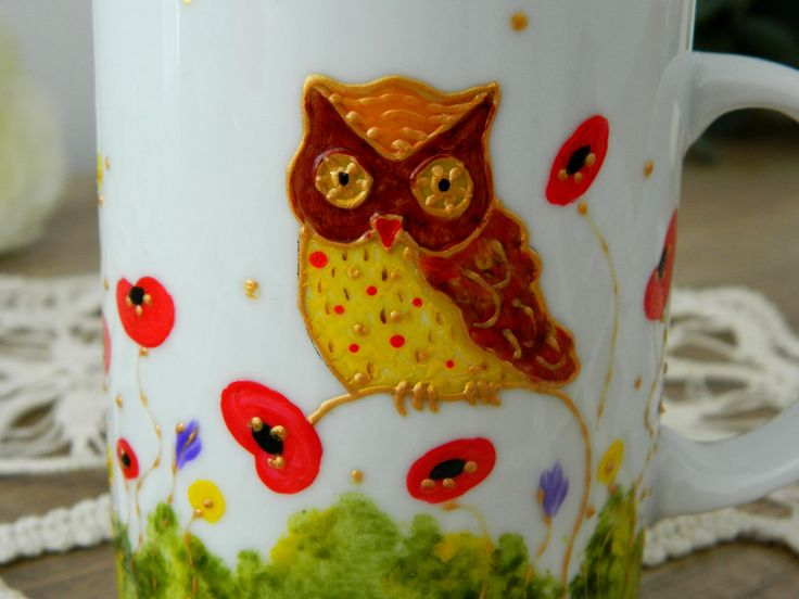 Owl on a poppies field, hand painted on a tea cup by Handmade Sister (www.handmadesister.blogspot.com)