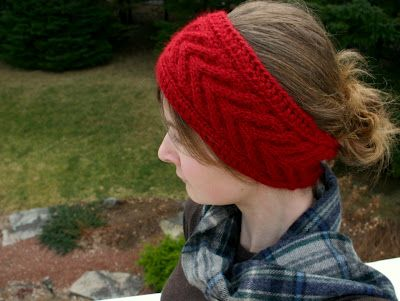 Free Head Band Pattern  I want to make in dark brown tweed wool to match my hair color!