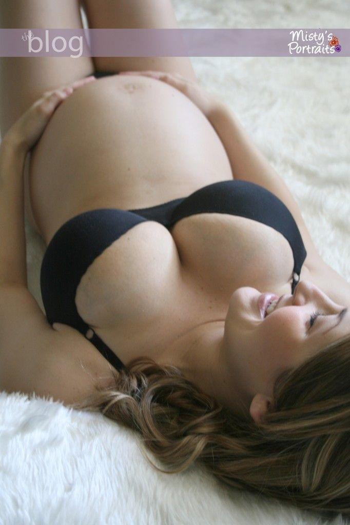 naked pregnant girls orgasming