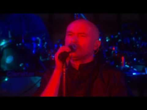 Genesis - Domino (When in Rome 2007) - YouTube