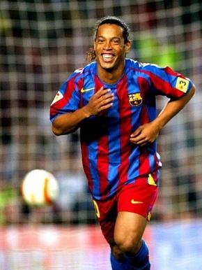 Ronaldinho Wiki | Ronaldo de Assis Moreira Wiki | Celebrity Wiki | Star Wiki