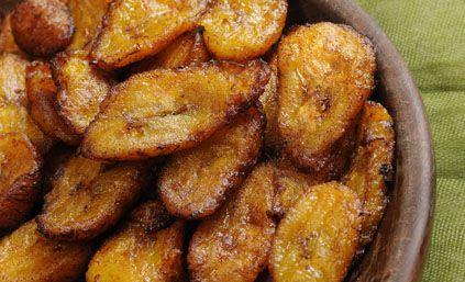 Recette Bananes plantain frites :  Pour réaliser vos bananes plantain frites : 1/ Epluchez vos bananes. 2/ Coupez vos bananes en rondelles d'environ 2 cm.3/ ...