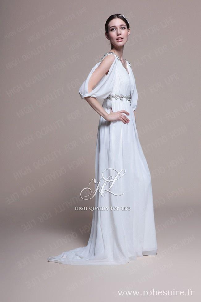 robe de mariée et demoiselle d'honneur 2013, long, ivoire, mousseline de soie   http://www.robesoire.fr/style/710-robe-de-mariee-et-demoiselle-d-honneur-2013-longue-ivoire-mousseline-de-soie-.html#