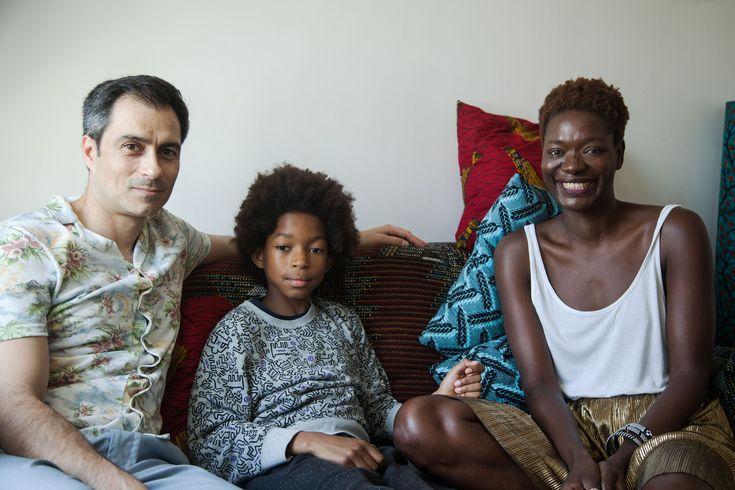 The Socialite Family | Créatrice de la marque Keur, Alfi Brun nous invite à revisiter l'artisanat sénégalais et africain en plein Pigalle. #portrait #meet #rencontre #alfibrun #creatrice #artist #paris #cityguide #address #adresses #cityguide #pigalle #wax #african #pattern #motif #textile #deco #design #creation #famille #family #couch #sofa #cushion #couple #child #legacy #heritage #inspiration #idea #home #interior #store #house #thesocialitefamily